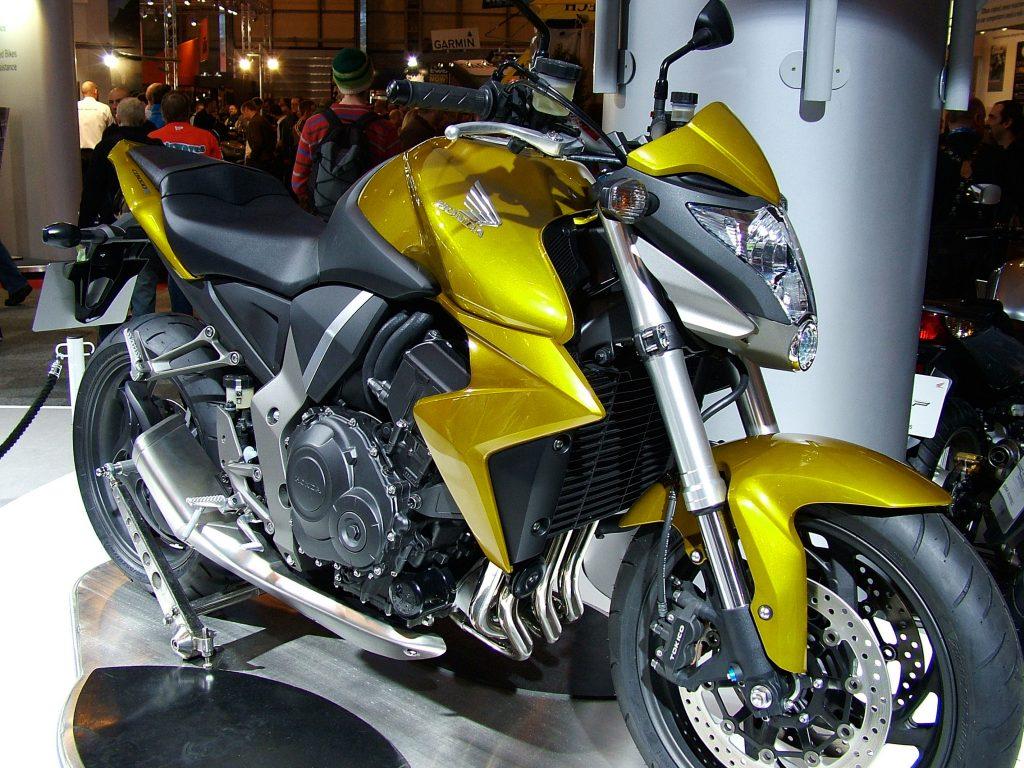 Honda_CB1000R_02-mejores motos para 2018